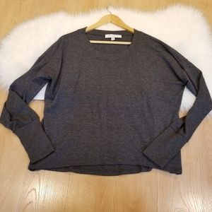 OLIVE AND OAK CREW NECK PULL OVER SWEATER GRAY